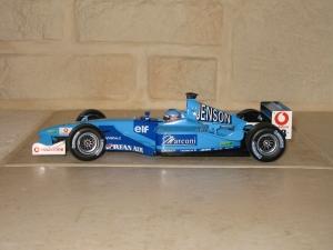 Benetton Renault - B201 (2001) - JB. vue profil