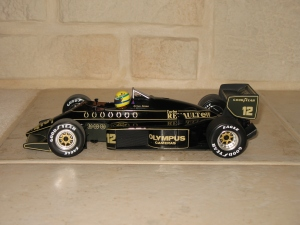 Lotus Renault - 97T (1985) - AS. vue profil