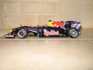 Red Bull Racing - RB5 (2009) - MW. vue profil