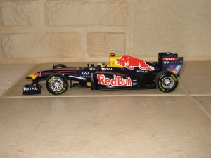 Red Bull Racing - RB7 (2011) - SV. vue profil