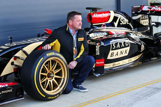 Lotus-Pirelli-18-Zoll-F1-Test-Silverstone-2014-fotoshowBigImage-e9a9f24b-792848